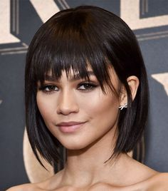 kurze Frisuren - Stylists say these will be the best short haircuts for 2018 Byr. - kurze Frisuren - Stylists say these will be the best short haircuts for 2018 Byrdie - Celebrity Short Haircuts, Short Haircuts With Bangs, Short Hairstyles For Women, Hairstyles With Bangs, Short Hair Cuts For Women With Bangs, Short Cuts, 2018 Haircuts, Casual Hairstyles, Pixie Haircuts