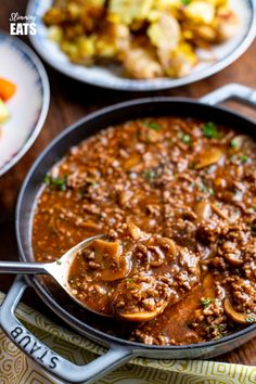 Low Syn Rich Mustard Beef with Mushrooms - the perfect meal for the whole family. Minced Beef Recipes, Mince Recipes, Entree Recipes, Cooking Recipes, Healthy Recipes, Irish Recipes, Recipes Dinner, Cooking Ideas, Healthy Meals
