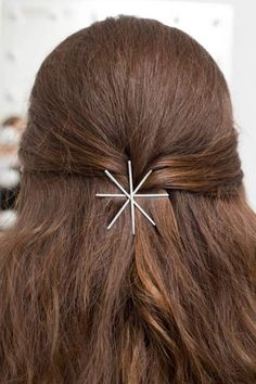 13 Hairstyle Hacks Everyone Should Know ~ http://positivemed.com/2014/12/22/13-hairstyle-hacks-everyone-know/