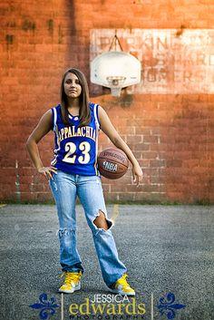 Jessica Edwards Photography senior portrait