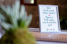Crea un rincón íntimo para el #libro# de #firmas# de tu #boda#. Que las palabras no se las lleve el viento... Colaboradores: @alblancatelier@natanfotografia@casaperiques