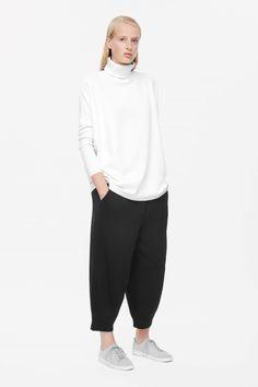 COS+|+Roll-neck+sweatshirt