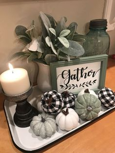 70 Fall Centerpieces DIY ideas for Fall home decoration - Hike n Dip Infuse gorgeous fall colors in your decor with Autumn centerpieces. Here are the best Fall centerpieces DIY Ideas using Pumpkin, Wheat shaft, Pinecones etc. Fall Home Decor, Autumn Home, Dyi Fall Decor, Elegant Fall Decor, Fall Mantle Decor, Rustic Fall Decor, Indie Room, Decoration Bedroom, Wall Decor