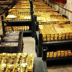 """148 lượt thích, 17 bình luận -  Platinum Prospects  (@platinumprospects) trên Instagram: """" Room full of #gold  Over a billions dollars worth of gold . TAG SOMEONE and Follow us…"""""""