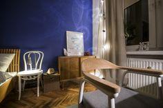 granatowe ściany Chair, Furniture, Design, Home Decor, Decoration Home, Room Decor, Home Furnishings, Stool