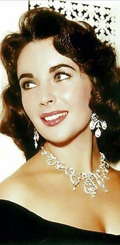 Las joyas de Elisabeth Taylor www.nicols.es