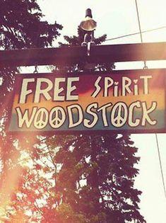 Willkommen auf dem Woodstock: Idee zur Hippie-Party-Dekoration im Garten.