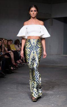 Nook México: Kris Goyri Primavera / Verano 2015 Filipiniana Dress, Fashion Today, Vogue Fashion, Fashion Outfits, Womens Fashion, Streetwear Fashion, Day Dresses, Spring Summer Fashion, Summer Outfits