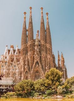 A must-visit sight in Barcelona, Spain. Visit Barcelona, Barcelona Travel, Barcelona Spain, Ancient Architecture, Architecture Art, Beautiful Places To Visit, Places To See, Amazing Places, Casa Gaudi