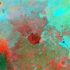 Image: Syrian Desert (© NASA/USGS)