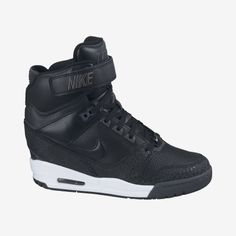 Nike Store. Nike Air Revolution Sky Hi Women's Shoe