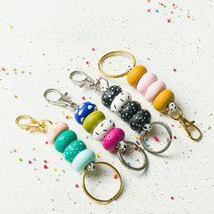 Orange Cnunky necklace Modern Statement necklace Turquoise Layered Bracelets, Colorful Bracelets, Beaded Bracelets, Necklaces, Geometric Jewelry, Modern Jewelry, Hero Black, Beaded Lanyards, Polymer Clay Beads