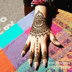 """819 Likes, 9 Comments - Henna Trendz By Wardah (@hennatrendz) on Instagram: """"based off an unknown image from the phone... San Diego, California. HENNA BY WARDAH OF…"""""""