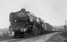 1-241 A 38 vue en tête de l' Orient-Express pair entre Esbly et Lagny-Thorigny en 1948