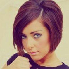 Coupe et couleur de cheveux femme