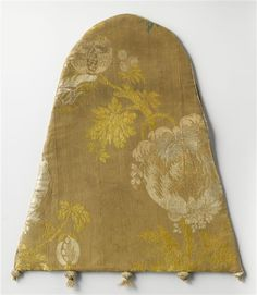 Embroidered Aumonière with gold thread and silk, and fantastic knot-knobs! 14th…