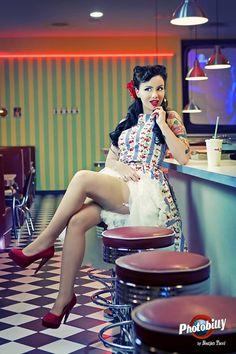 Ana Perduv  photo: Bostjan Tacol - Photobilly dress: British Retro