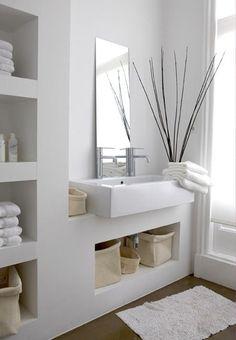 Salle de bain tout en blanc, parce que le blanc est la couleur tendance de l'année!