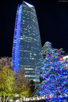The Devon Tower -Christmas in Oklahoma City by katsrcool, via Flickr