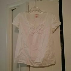 White cotton top with tie back and ruffle detail Ruffle front detail Candie's Tops