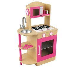 A cozinha de madeira rosa da kidkraft é um brinquedo compacto e completo. inclui pia, fogão, microondas, saleiro, pimenteiro, colher, espátula e um relógio.