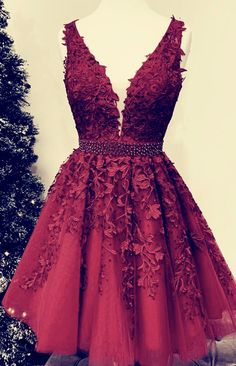 Short Tulle Prom Homecoming Dresses Lace Embroidery – slayingdress - - tulle homecoming dresses,burgundy homecoming dresses,lace appliqués prom dresses short,elegant homecoming dresses Source by alinanovafashion Cheap Graduation Dresses, Elegant Homecoming Dresses, Elegant Dresses For Women, Semi Formal Dresses, Hoco Dresses, Lace Evening Dresses, Pretty Dresses, Sexy Dresses, Summer Dresses