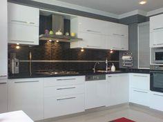 Beyaz Mutfak Dolabı Modelleri Önerileri ve Fikirleri - Kitchen Cabinets Models, Modern Kitchen Cabinets, Kitchen Models, Kitchen Flooring, New Kitchen, Kitchen Decor, Modern Grey Kitchen, Modern Kitchen Design, Interior Design Kitchen