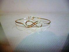 Beautiful Dainty silver plated Infinity Bracelet