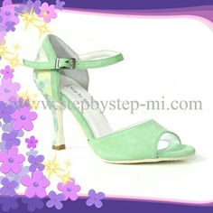 Sandalo in camoscio verde acqua e tessuto floreale #stepbystep #sandal #sandals #salsa #bachata #scarpedaballo #danceshoes