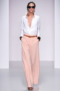 Daks Spring 2014: Blush with white and cognac.
