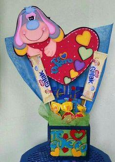 Foam Crafts, Diy And Crafts, Heart Crafts, Topper, Ideas Para Fiestas, Valentine Box, Baby Decor, Craft Fairs, Cute Gifts