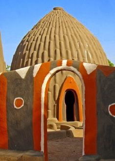 Traditional Obus house & entrance way in Cameroon, West Africa Paises Da Africa, Out Of Africa, West Africa, Kenya Africa, Vernacular Architecture, Art And Architecture, Organic Architecture, African Culture, African Art
