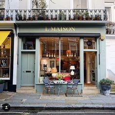 Cozy corners of #London via @a_ontheroad and @prettycitylondon // #london #londonliving #birline