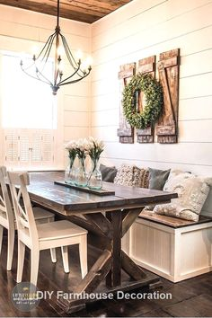simple and inexpensive rustic shutters . - build awesome simple and inexpensive rustic shutters build Shutter -Build simple and inexpensive rustic shutters . - build awesome simple and inexpensive rustic shutters build Shutter - Diy Home Decor Rustic, Diy Home Decor Projects, Farmhouse Kitchen Decor, Farmhouse Style, Decor Ideas, Decorating Ideas, Modern Farmhouse, Diy Ideas, Farmhouse Design