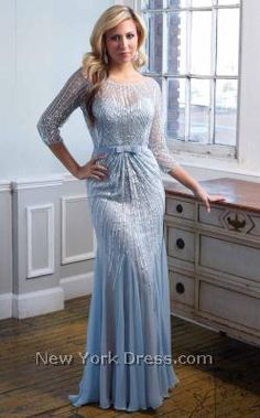 If you were a fan of Angelina Jolie's gown at the 2014 Oscars, this Terani M1824 gown is for you- NewYorkDress.com