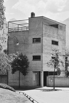 Luigi Snozzi /// Casa Guidotti /// Monte Carasso, CH