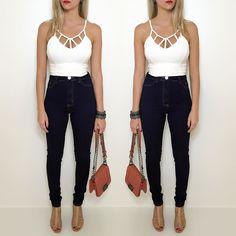 Peças must-have!!!   Disponíveis no site http://ift.tt/PYA077 : cropped  calça hot pants  bolsa  conjunto pulseiras.
