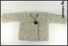 """Gilet bébé (6 mois) cache coeur """"nuage de douceur gris perle"""" tricoté main avec de l'alpaga : Mode Bébé par mamountricote"""