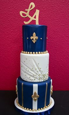 Blue & Gold Fleur-de-lis cake by Gimme Some Sugar (vegas! Gorgeous Cakes, Pretty Cakes, Cute Cakes, Amazing Cakes, Cake Icing, Fondant Cakes, Eat Cake, Cupcake Cakes, Wedding Cake Designs