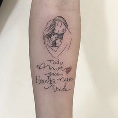 Pretty Small Simple meaningful tattoos for Women. Temporary and Permanent awesome Tattoo ideas for women. look unique with these small meaningful tattoos. Tattoo Mama, Mommy Tattoos, Mother Tattoos, Tattoos For Kids, Tattoos For Women Small, Small Tattoos, Faith Tattoos, Mini Tattoos, Rose Tattoos