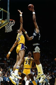 artis gilmore spurs   Lakers Kareem Abdul-Jabbar