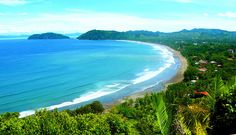 Five tips for planning your trip to Costa Rica, to make the most of your vacation. Costa Rica is a tropical paradise. It's also a mountainous country. Dream Vacations, Vacation Spots, Costa Rica Pacific Coast, Living In Costa Rica, Yoga Holidays, Exotic Beaches, Costa Rica Travel, Countries Of The World, Plan Your Trip