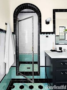 Lately I've been noticing a beautiful and intriguing new trend for the bathroom: new bathrooms designed to look like old bathrooms. If you think there's nothing more beautiful than an Art Deco bathroom covered in Art Deco tile, or if you secretly love the New Bathroom Designs, Art Deco Bathroom, Bathroom Colors, Bathroom Interior, Bathroom Ideas, Colorful Bathroom, Bathroom Vinyl, Tropical Bathroom, Design Bathroom