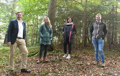 """Ein Stück Wald für die """"Naturschule"""" Military Jacket, Vest, Jackets, Trombone, Music School, Training, Woodland Forest, Down Jackets, Field Jacket"""