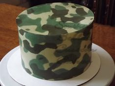Army Birthday Cakes, Hunting Birthday Cakes, Birthday Cakes For Men, Army Cake, Military Cake, Bolo Paintball, Camouflage Cupcakes, Call Of Duty Cakes, Gun Cakes