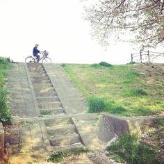 Cyclist - #yokohama #japan #japan_of_insta #instagramjapan #gaijinpottravel #visitjapan #photo_jpn #japanawaits #japanigram #visitjpn… Japan Japan, Visit Japan, Yokohama, Sidewalk, Instagram, Photos, Pictures, Side Walkway, Walkway