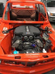 Bmw E30 M3, Bmw Alpina, Engine Swap, Car Engine, Custom Bmw, Custom Cars, Bmw Old, Bmw Engines, Bmw Vintage