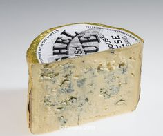 Cashel Blue is a Irish cheese and  a hand-made, semi-soft, mildly blue veined and slightly acidic blue cheese with a creamy texture, made from cows milk. It has large blue flecks, made by the action of Penicillium roqueforti, the same fungus used in Roquefort, Stilton and other blue cheeses. English Cheese, Cooking Temperatures, Milk Protein, Pureed Food Recipes, Melted Cheese, Blue Cheese, Atlantis, Cows