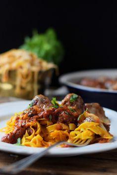 Kuebis Pasta mit Hackbaellchen und Mozzarella - Homemade Pumpkin Pasta with cheesy meatballs (22)