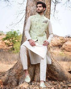 light green Anushree Reddy wedding sherwani with jacket. Wedding Kurta For Men, Wedding Dresses Men Indian, Wedding Sherwani, Wedding Dress Men, Wedding Men, Sherwani Groom, Punjabi Wedding, Indian Weddings, Farm Wedding